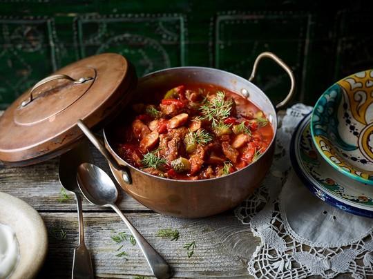 10 đặc sản ẩm thực cho ngày lạnh trên thế giới - Ảnh 1.