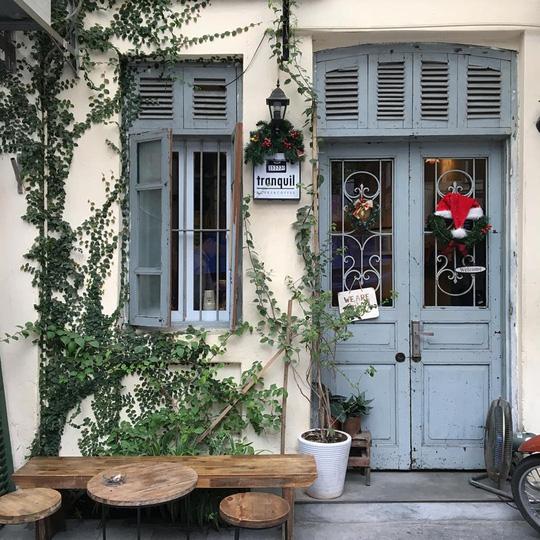 7 quán cà phê an yên ở Hà Nội cho ngày nghỉ Tết Tây - Ảnh 13.