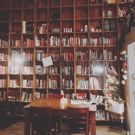 7 quán cà phê an yên ở Hà Nội cho ngày nghỉ Tết Tây - Ảnh 16.