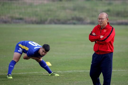 HLV Park Hang-seo cam kết gắn bó với Việt Nam đến hết hợp đồng - Ảnh 1.
