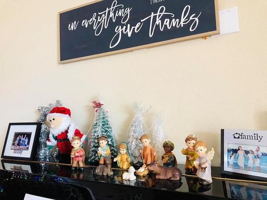 Cùng ngắm các Sao Việt trang trí nhà đón Noel đầy màu sắc - Ảnh 16.