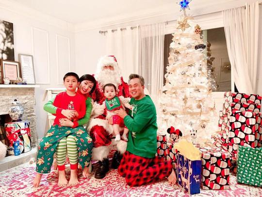 Cùng ngắm các Sao Việt trang trí nhà đón Noel đầy màu sắc - Ảnh 5.
