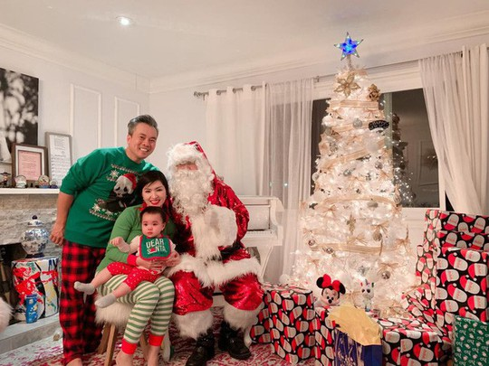 Cùng ngắm các Sao Việt trang trí nhà đón Noel đầy màu sắc - Ảnh 7.
