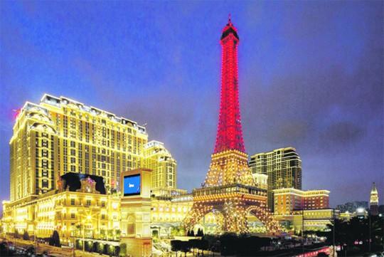 10 nơi ngắm tháp Eiffel mà không cần tới Pháp - Ảnh 2.