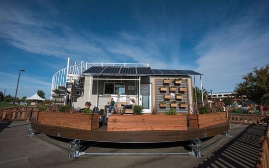Ngôi nhà có thể tự xoay đón nắng mặt trời cực độc - Ảnh 1.