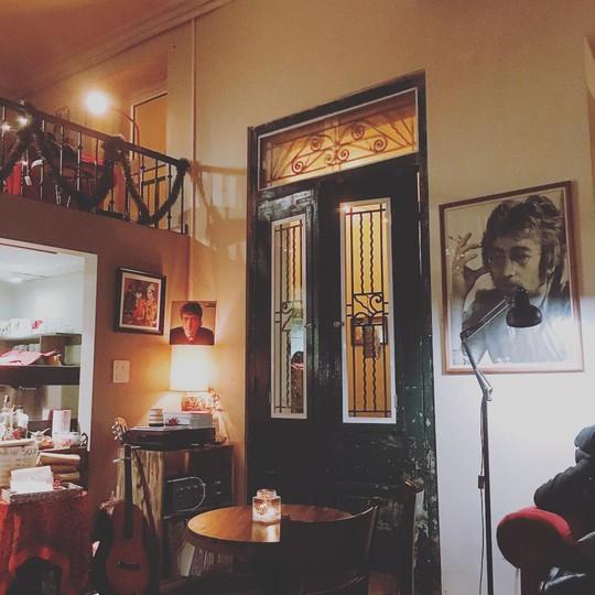 7 quán cà phê Hà Nội cho ngày nghỉ Tết Dương Lịch - Ảnh 15.