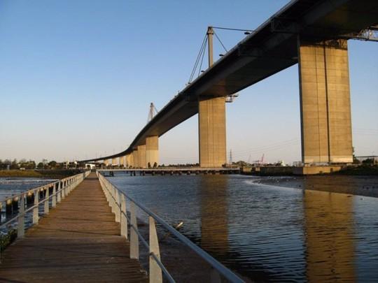 10 cây cầu giữ các kỷ lục của thế giới - Ảnh 9.