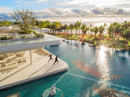 Đặt phòng khách sạn 5 sao ở Bãi Kem chỉ từ 1,8 triệu đồng - Ảnh 3.