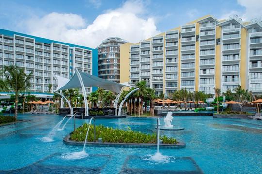 Đặt phòng khách sạn 5 sao ở Bãi Kem chỉ từ 1,8 triệu đồng - Ảnh 1.