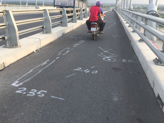 """""""Điểm đen"""" tai nạn giao thông ở cầu Cao Lãnh - Ảnh 4."""