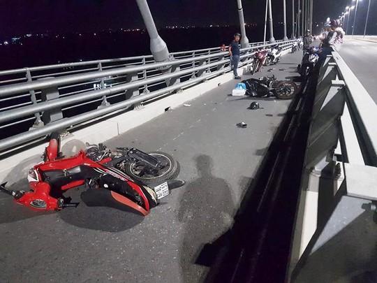 """""""Điểm đen"""" tai nạn giao thông ở cầu Cao Lãnh - Ảnh 3."""