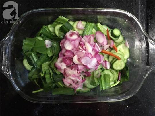 Làm đẹp đón Tết với 3 món salad ngon thần thánh - Ảnh 1.