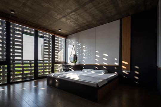 Căn nhà toàn lỗ ở Hưng Yên đẹp ấn tượng trên báo Mỹ - Ảnh 5.