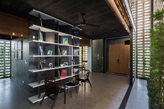Căn nhà toàn lỗ ở Hưng Yên đẹp ấn tượng trên báo Mỹ - Ảnh 6.