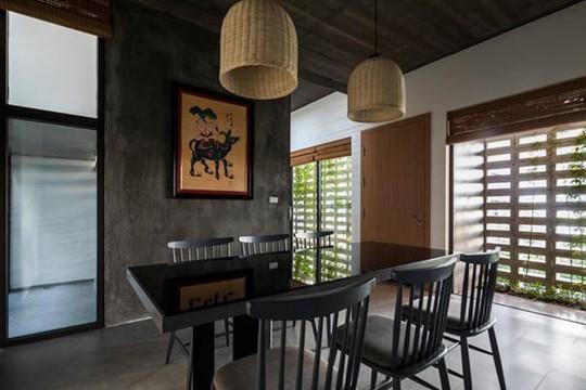 Căn nhà toàn lỗ ở Hưng Yên đẹp ấn tượng trên báo Mỹ - Ảnh 7.