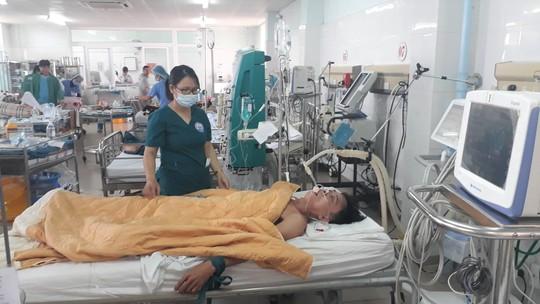 Vụ 3 người nguy kịch nghi ngộ độc: Một nạn nhân đã tử vong - Ảnh 1.