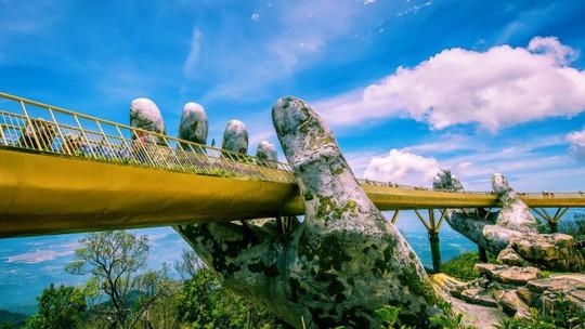 Điểm danh những công trình du lịch ấn tượng tại Việt Nam - Ảnh 9.