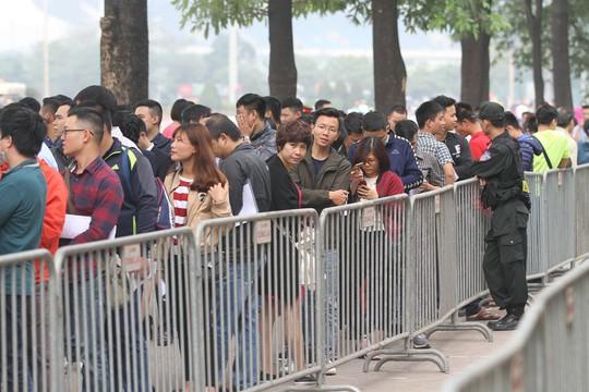 Vé trận chung kết lượt về Việt Nam-Malaysia cao nhất 600.000 đồng/vé - Ảnh 1.