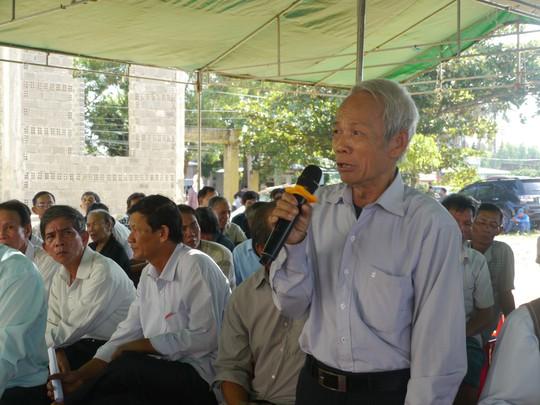 Dân bắt giữ người để phản đối dự án điện mặt trời - Ảnh 1.