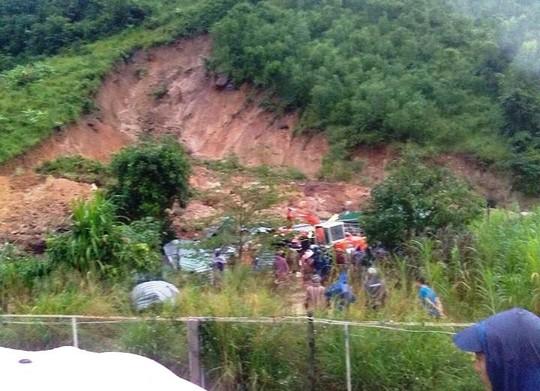 Khánh Hòa: Mưa lớn lại gây sạt lở, 3 người chết - Ảnh 1.