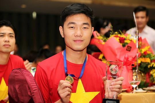 Thăm nhà tiền vệ Lương Xuân Trường, phát hiện điều bất ngờ - Ảnh 1.