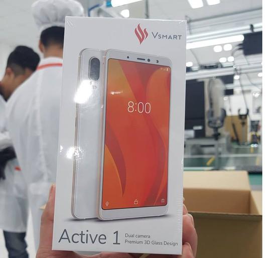Tận mắt ngắm dây chuyền sản xuất điện thoại Vsmart của Vingroup - Ảnh 7.