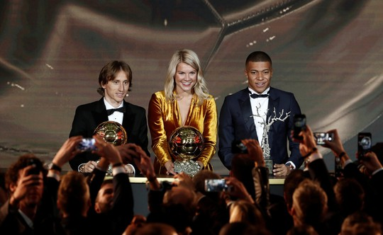 Hậu kỷ nguyên Messi-Ronaldo, Luka Modric chiến thắng Quả bóng vàng - Ảnh 11.
