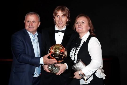 Hậu kỷ nguyên Messi-Ronaldo, Luka Modric chiến thắng Quả bóng vàng - Ảnh 7.