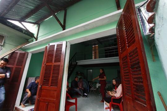 Điện lực Liên Chiểu bàn giao nhà chống bão cho hộ nghèo - Ảnh 2.