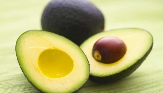 Mẹo này nhận ra ngay trái cây chín ép, chín thuốc - Ảnh 1.
