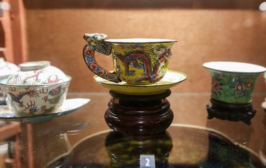 Hơn 100 cổ vật độc lạ được trưng bày ở TP HCM - Ảnh 9.
