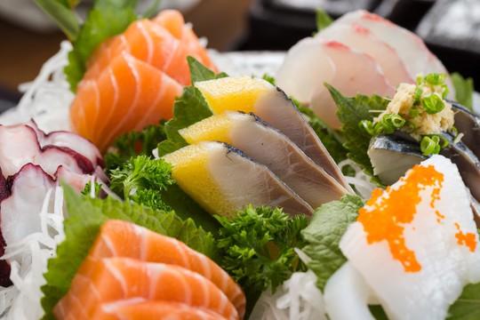 Khai trương iSushi Cao Thắng – buffet Sashimi thỏa thích - Ảnh 2.