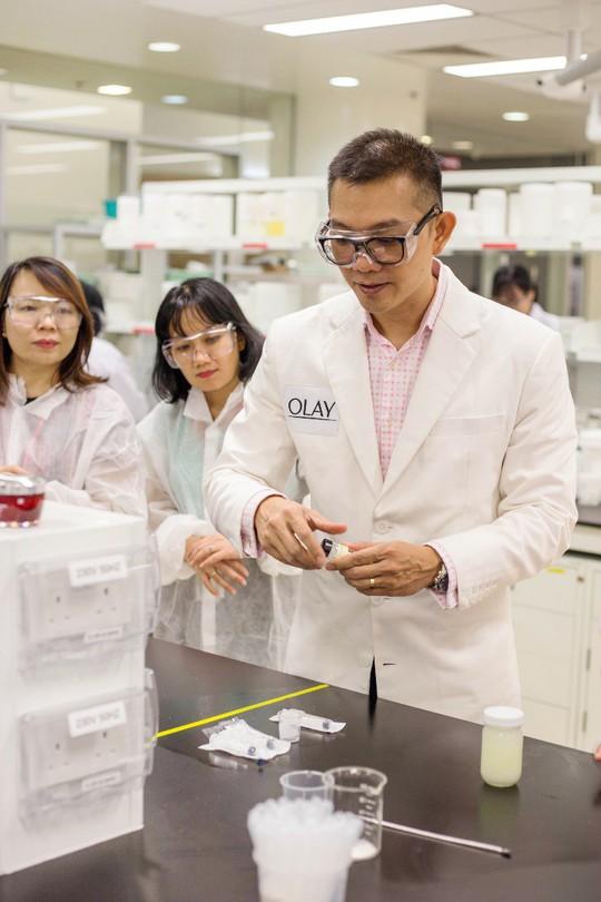 Ban lãnh đạo Saigon Co.op tham quan trung tâm nghiên cứu của Tập đoàn P&G tại Singapore - Ảnh 1.