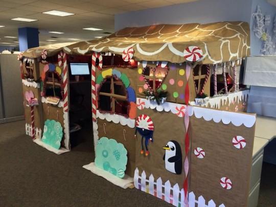 Gợi ý trang trí Noel cho văn phòng công ty đẹp và ấn tượng nhất - Ảnh 17.
