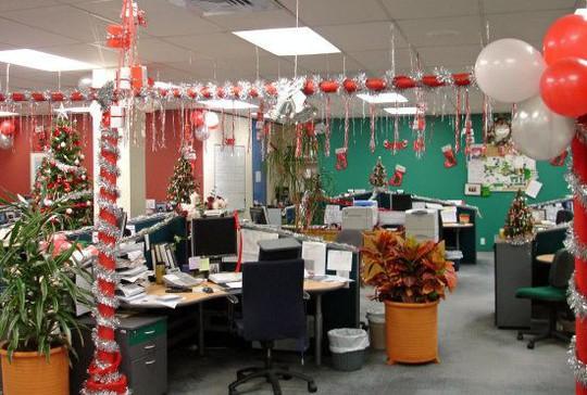 Gợi ý trang trí Noel cho văn phòng công ty đẹp và ấn tượng nhất - Ảnh 20.
