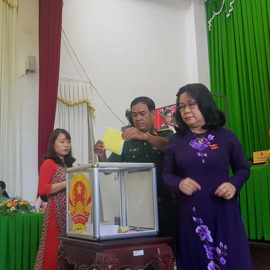 Chủ tịch và phó chủ tịch HĐND Cần Thơ có phiếu tín nhiệm cao tuyệt đối - Ảnh 1.