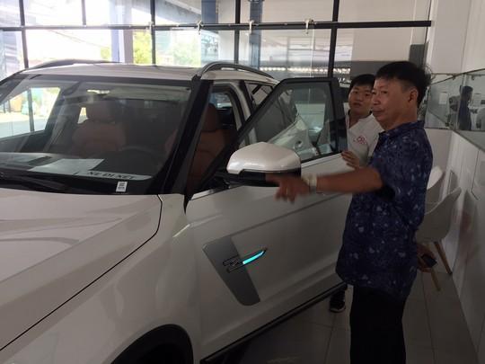 Xe sang giá bèo của Trung Quốc lại tấn công thị trường Việt Nam - Ảnh 1.