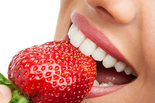 5 phút làm trắng răng tại nhà với các nguyên liệu có sẵn - Ảnh 5.