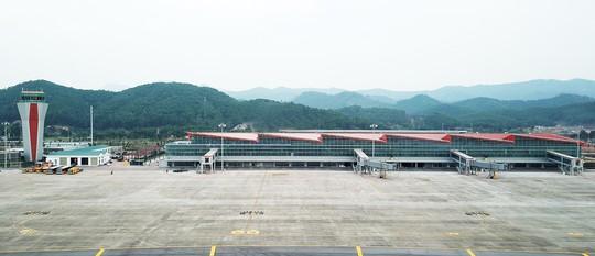 Nghiệm thu sân bay quốc tế Vân Đồn 7.700 tỉ đồng