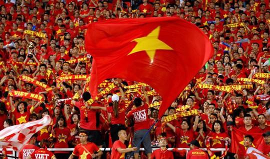 Đề nghị Malaysia tạo điều kiện mua vé, đảm bảo an ninh cho CĐV Việt Nam - Ảnh 1.