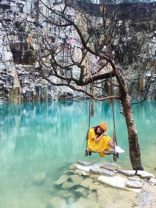 10 cây cô đơn sống ảo của giới trẻ Việt Nam - Ảnh 3.