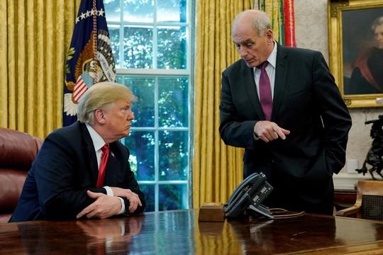 Chánh văn phòng của ông Trump từ chức, ai sẽ thay thế? - ảnh 1
