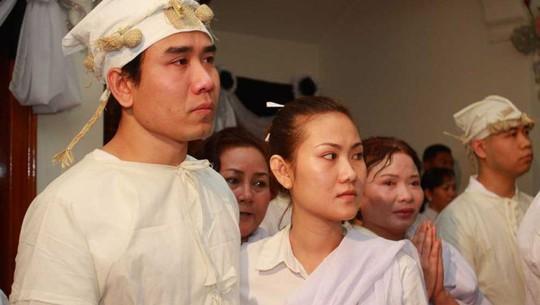 Con rể ông Hun Sen làm phó giám đốc cảnh sát Campuchia - Ảnh 1.
