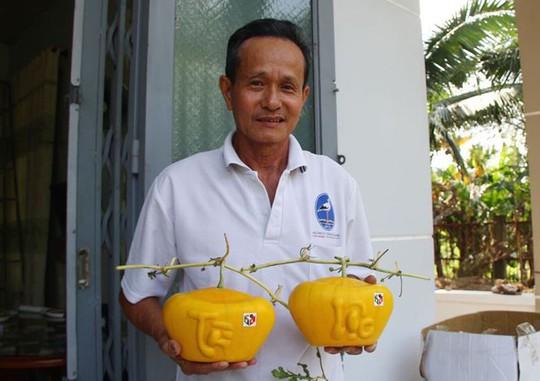3,5 triệu đồng một trái dưa hấu thỏi vàng chưng Tết - Ảnh 1.