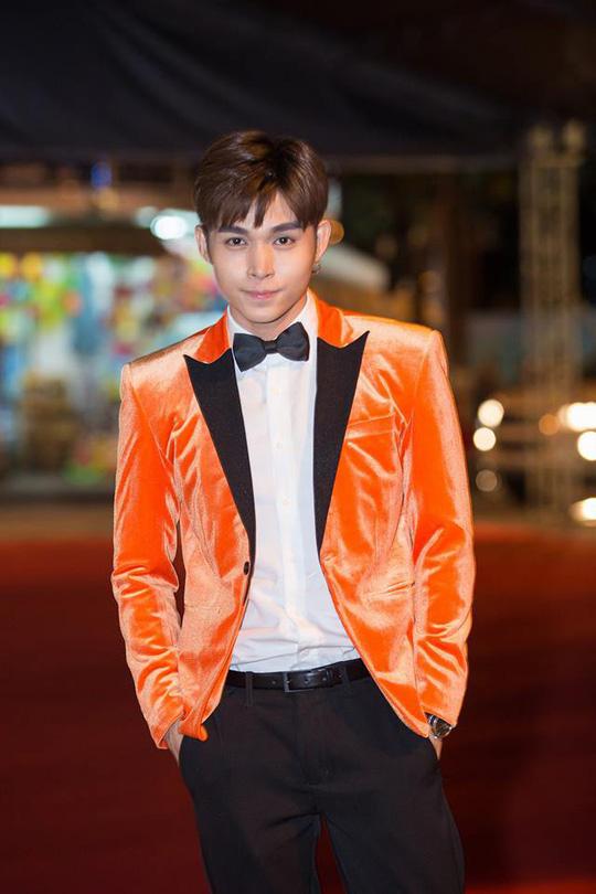 Muôn kiểu đón Tết của diễn viên trẻ Việt - Ảnh 8.