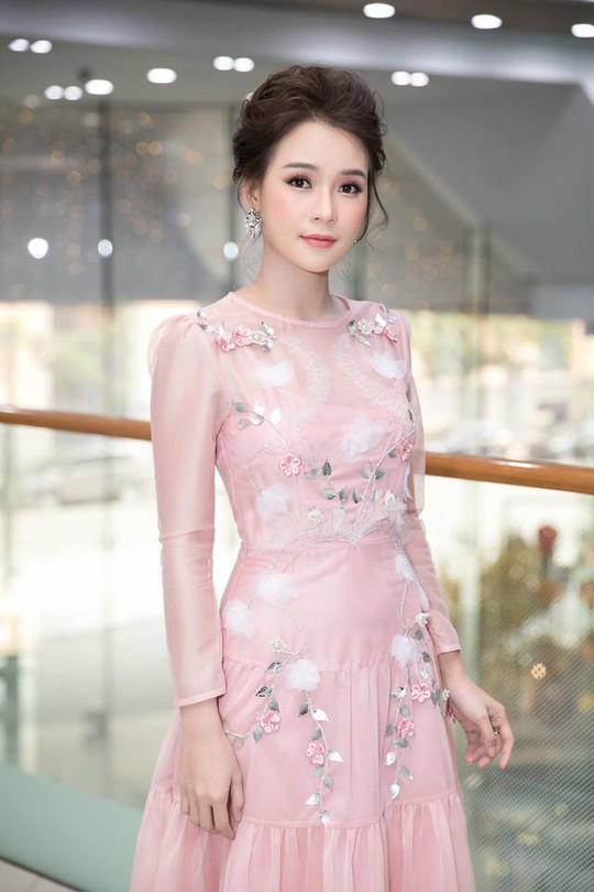Muôn kiểu đón Tết của diễn viên trẻ Việt - Ảnh 9.