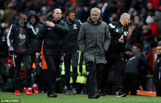 Mourinho: Nên trao giải HLV tốt nhất Premier League cho tôi - Ảnh 2.