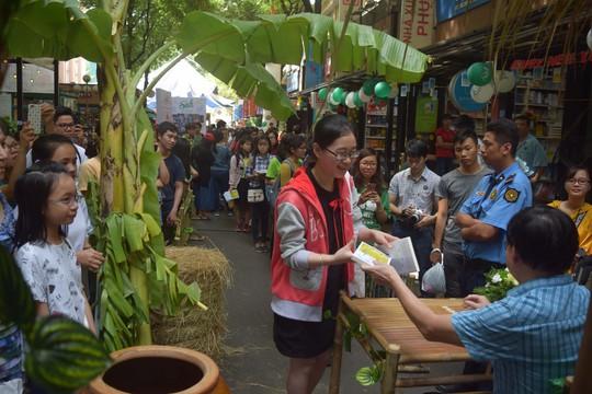 Đầu năm gặp nhà văn bạc tỷ Nguyễn Nhật Ánh - Ảnh 4.
