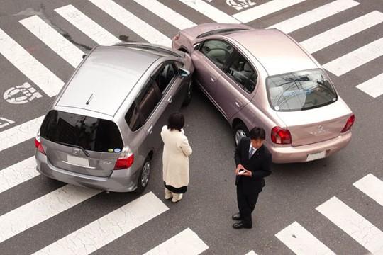 Những kinh nghiệm lái xe cho tài mới - Ảnh 2.