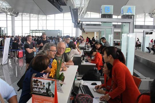4 triệu lượt khách về quê ăn Tết qua cửa ngõ Tân Sơn Nhất - Ảnh 2.